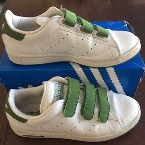 Adidas Stan Smith Velcro Classic Shoe